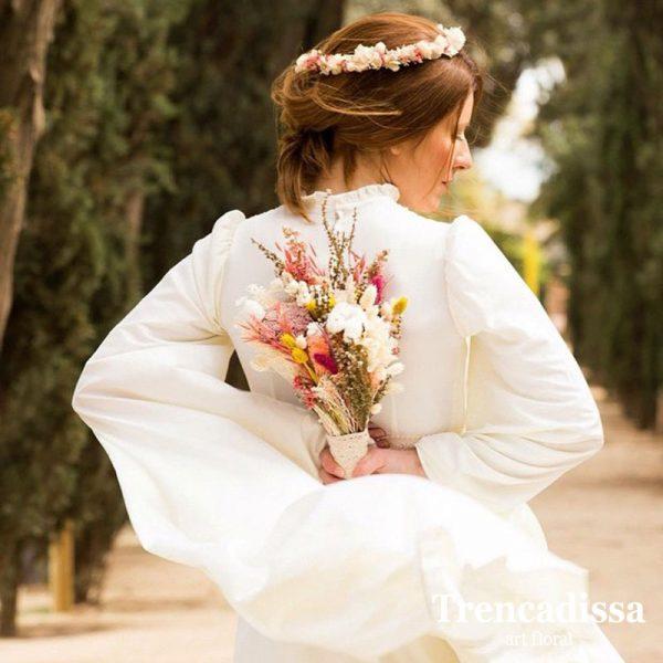 Diademas y coronas florales, flor seca y preservada, en Trencadissa, Badalona-Barcelona