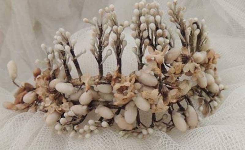 Tiara inspiración para nuestra coronas con flor preservada para eventos