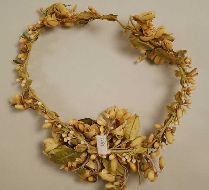 Coronas vintage, nuestra inspiración para los tocados de boda