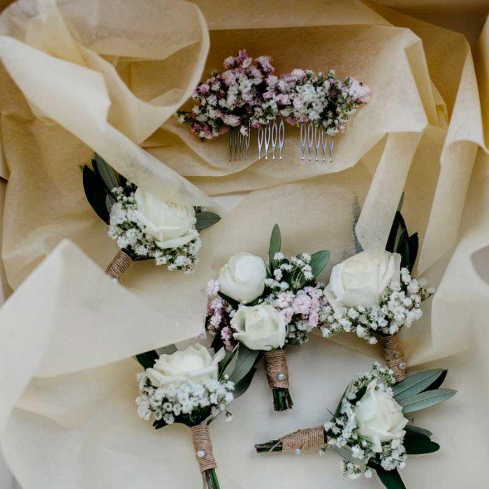 Prendidos para bodas, con flor preservada o natural