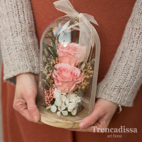 Cúpula con rosas preservadas, venta online para toda España