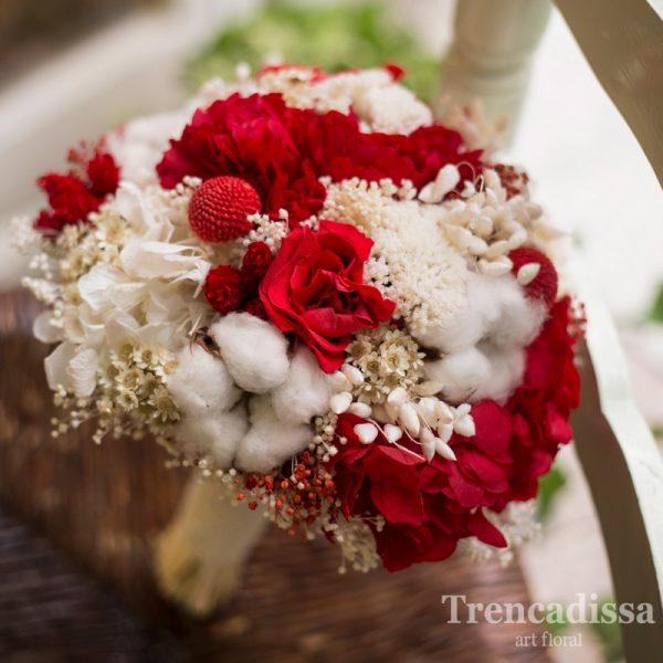 Ramo de novia preservado en blancos, beig y rojos, venta online