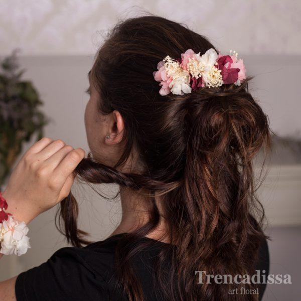 Peineta con flor preservada para eventos