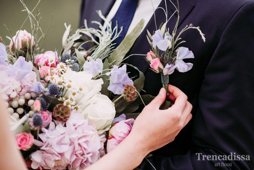 Flores en tu boda, ramos, diademas, prendidos, y todos los complementos florales que necesites