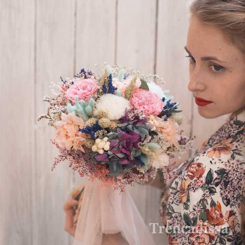 Rita, ramo de novia preservado con rosa antigua de jardín