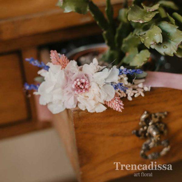 Pulsera floral para bodas en Trencadissa Art floral, venta online