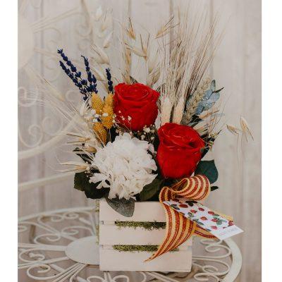 Caja con rosas preservadas especial sant jordi, Badalona, Venta online