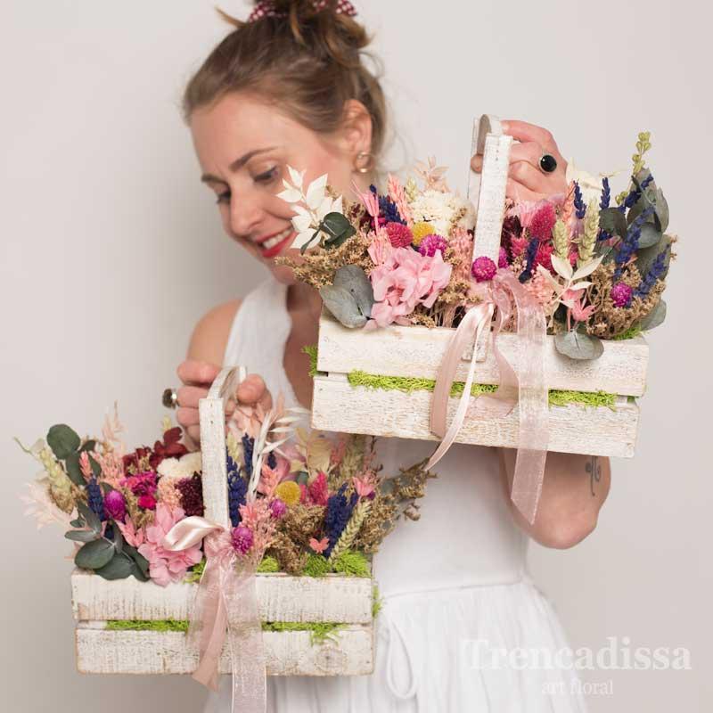 Caja de madera con flor seca y preservada, venta online y en floristería Badalona-Barcelona