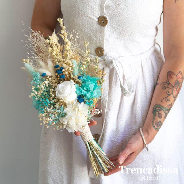 Ramo de novia preservado en tonos azules y blancos