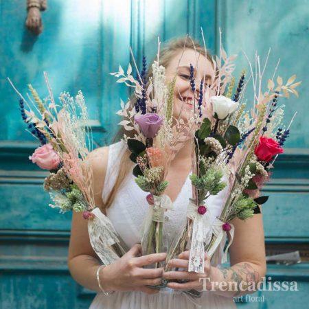 Jarrones de vidrio con rosas preservadas, para regalo de boda o decoración, venta online para toda España desde Barcelona