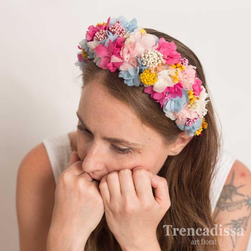 Corona floral XL en tonos rosados