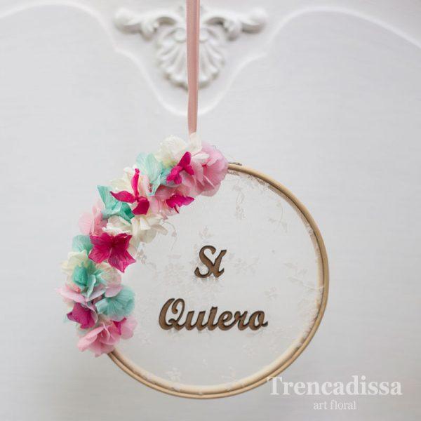 Tambor porta alianzas de boda, decorado con flor preservada