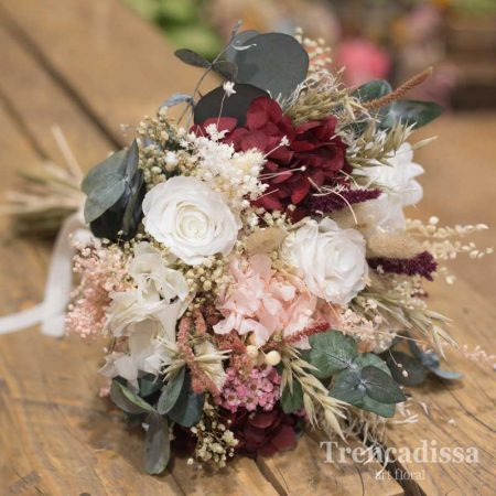 Nury, ramo de novia preservado con rosas blancas