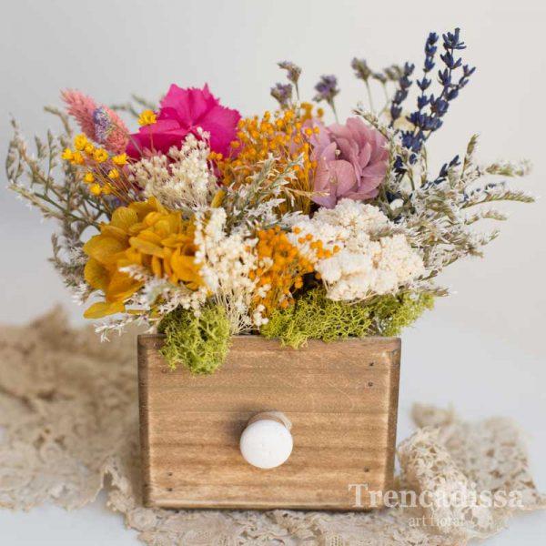 Cajón de madera con flores preservadas venta online
