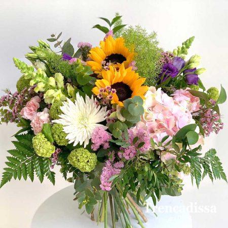 Ramo de flores naturales con girasoles