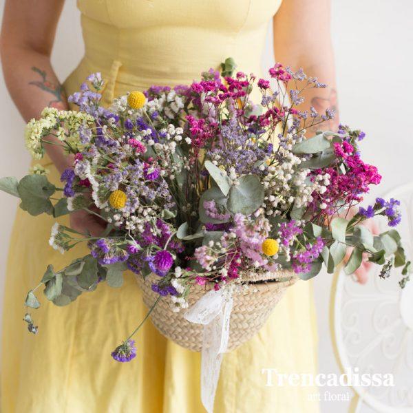 Capazo pequeño con flores preparadas para dejar secar, venta online