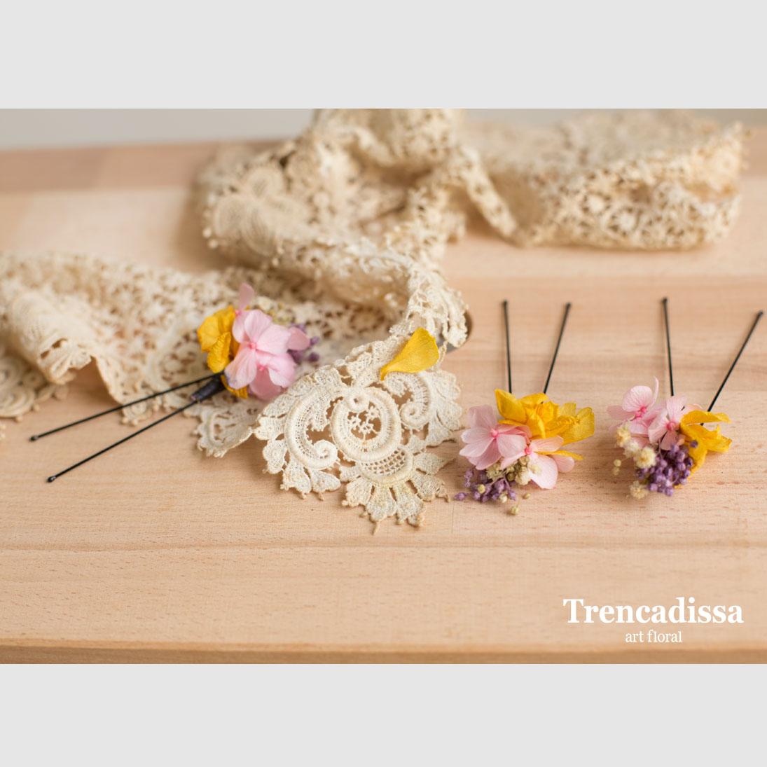 Horquillas para el pelo con flor seca y preservada