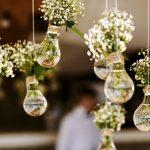 Decora tu casa con flores e iluminación led