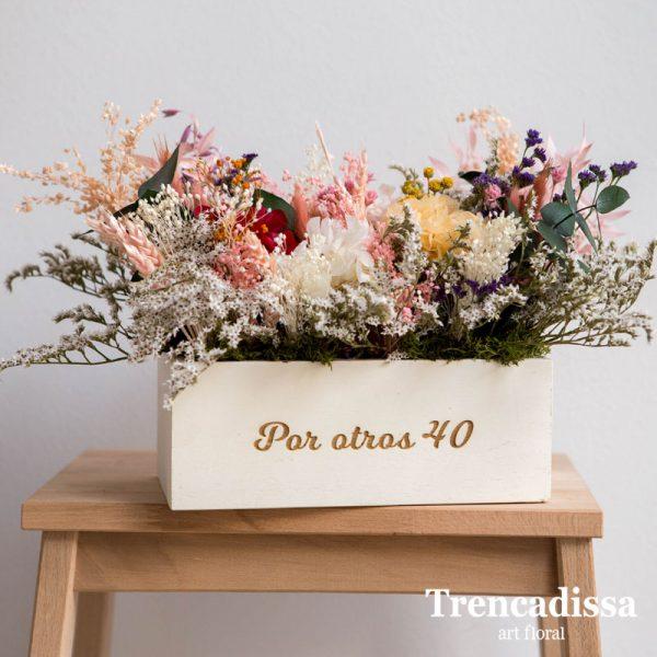 Caja de madera de pino con flor seca y preservada, venta online desde Badalona-Barcelona