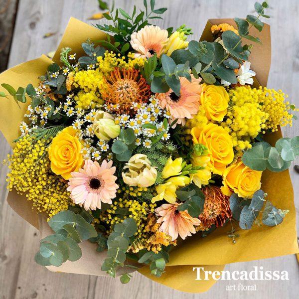 Ramo de flores natural en tonos amarillos, venta online