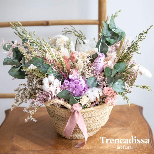 Cabàs decoratiu amb flor seca i preservada