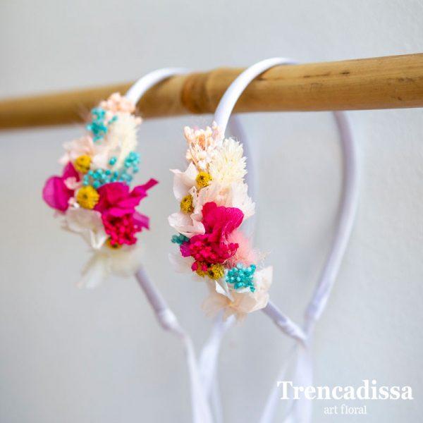 Diademas laterales florales para niñas con flor seca y preservada