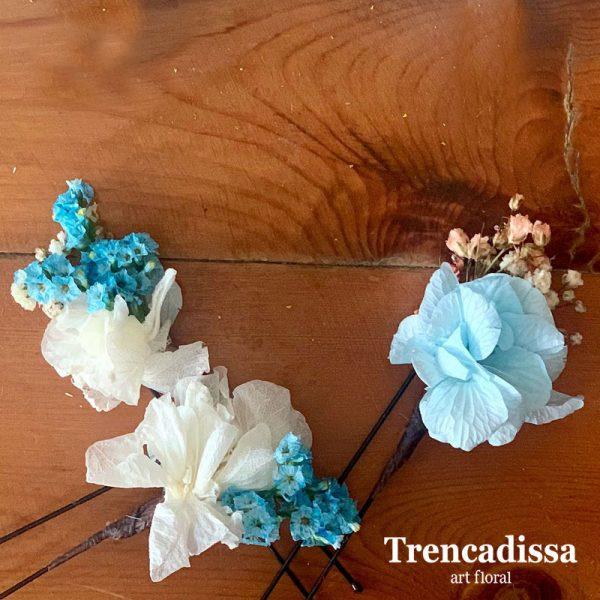 Pinza floral para el pelo a juego con el ramo de novia